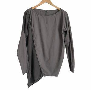 European Culture gray asymmetrical hem blouse